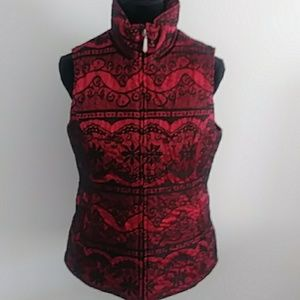 ARIAT RED & BLACK SKI VEST SIZE MEDIUM